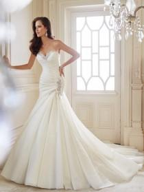 wedding photo - A Collection Of 18 Breathtaking Bridal Gowns By Sophia Tolli