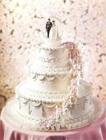 wedding photo - The WILTON Book Of WEDDING CAKES 1970s Cake Decorating Book ~ Tiered Cakes Cupcakes Anniversary ~ Vintage Pop-Art Love Cake Bride Groom Cake
