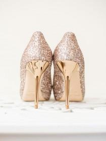 wedding photo - 16 Grown-Up Ways To Use Glitter At Your Wedding