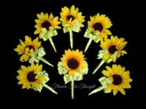 wedding photo - Sunflower Boutonniere, Mens Wedding Flower, Groom Buttonhole Decoration, Summer Fall Wedding, Made to order, 1 Lapel Pin