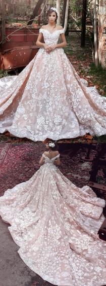 wedding photo - Luxurious Off Shoulder Watteau Trai