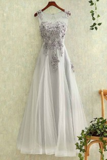 wedding photo - Appliqued Gray Tulle Modest Prom Dr