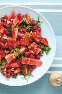 wedding photo - Watermelon, Raspberry & Mint Salad