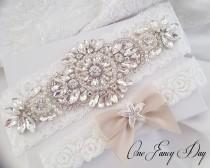 wedding photo - Starfish Beach Wedding Garter, Beach Weddings, Bridal Garter,Beach Bride,Bridal Garter Pearl,Starfish Wedding