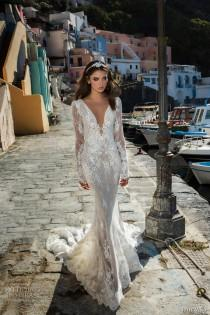 wedding photo - 27 Fall 2017 Wedding Dresses From Famous Designers - Weddingomania