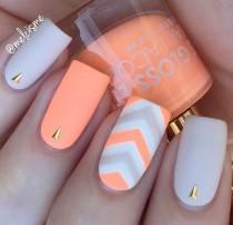 wedding photo - Best 15 Bright Summer Nail Art Ideas