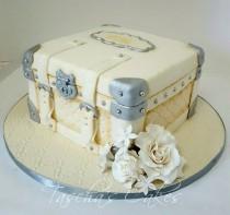 wedding photo - Suitcase Cake