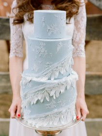wedding photo - 27 Gorgeous Wedding Cakes That Are Almost Too Pretty To Eat