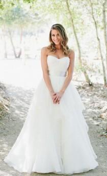 wedding photo - Wedding Dress Inspiration - Photo: Onelove Photography