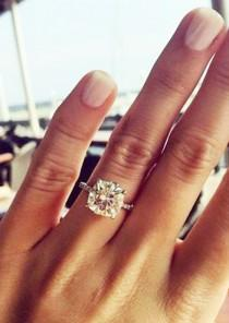 wedding photo - Engagement Ring Photos That Blew Up On Pinterest
