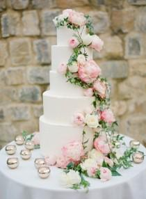 wedding photo - Lovely Cakes & Desserts
