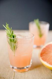 wedding photo - 18 Amazing Cocktails That Require Only 2 Ingredients