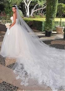 wedding photo - [165.99] Gorgeous Lace & Tulle Strapless Neckline Ball Gown Wedding Dresses - Dressilyme.com