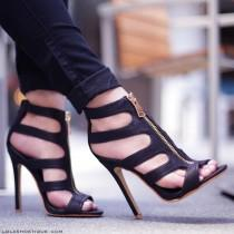 """wedding photo - Lola Shoetique On Instagram: """" Instantly Sharpen Your Look & Style These Beauties With Everything From Your Go-To Bodycon To Your FAVE LBD, & Even With Cuffed Denims…"""""""