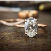 wedding photo - Simple And Elegant Engagement Ring That Perfect In Your Finger