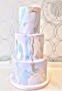 wedding photo - Wedding Cake Inspiration - Bobbette & Belle