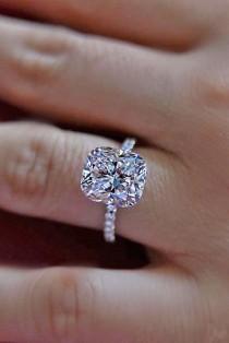 wedding photo - 24 Brilliant Cushion Cut Engagement Rings