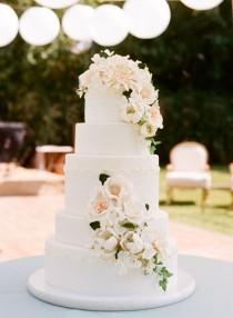 wedding photo - Wedding Cake Inspiration - Photo: Sylvie Gil