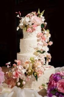 wedding photo - Wedding-cake-inspiration-Ron-Ben-Isreal-Cakes-6