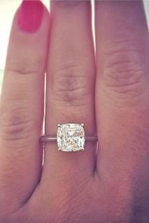 wedding photo - 24 Brilliant Cushion Cut Engagement Rings
