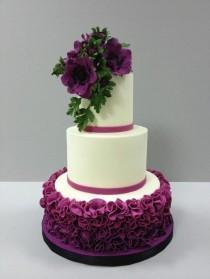 wedding photo - Pretty Cakes