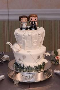 wedding photo - Wedding Cake Wednesday