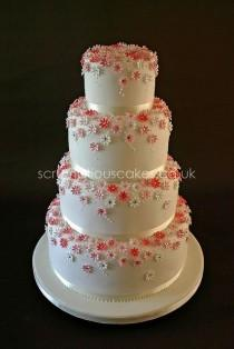 wedding photo - Wedding Cake (615) - Pink Daisies & Diamantes