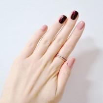 wedding photo - Bordeux and Pink Nails