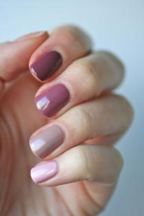 wedding photo - Mauve Nails