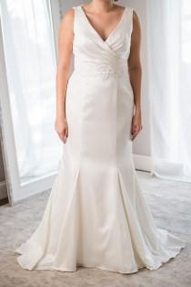 wedding photo - Wedding Dresses $500 Or Less