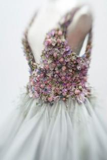 wedding photo - Sleeping Beauty: Zita Elze Floral Artist At Brides The Show