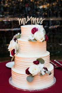 wedding photo - Floral Wedding Cake