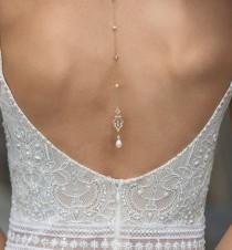 wedding photo - Vintage Pearl Backdrop Necklace