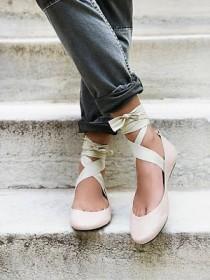 wedding photo - Fabulous Footwear
