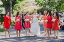 wedding photo - 31 Real-Life Bridal Parties Who Nailed The Mix 'N' Match Look