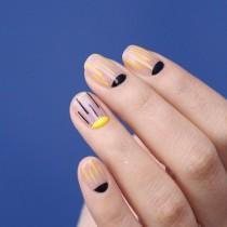 wedding photo - Striped Nail Art