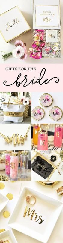 wedding photo - Gifts For The Bride From Her Bridesmaids