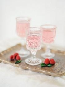 wedding photo - Say Cheers With The Perfect Signature Cocktail For Your Wedding Style