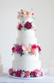 wedding photo - Romantic Floral Wedding Cakes