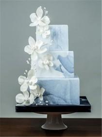 wedding photo - 23 Unique And Elegant Marble Wedding Cake Ideas 2017