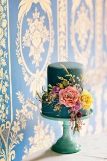 wedding photo - Amy Swann Wedding Cakes & Handmade Floral Headpieces
