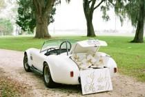 wedding photo - 17 Vintage Wedding Getaway Cars