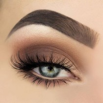 wedding photo - Natural Eye Makeup