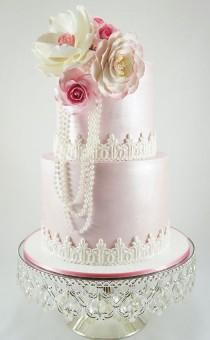 wedding photo - Daily Wedding Cake Inspiration