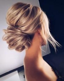wedding photo - Beautiful Messy Updo Hairstyle To Inspire Your Big Day