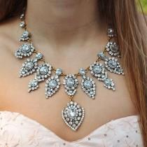 wedding photo - Elizabeth Teardrop Statement Necklace
