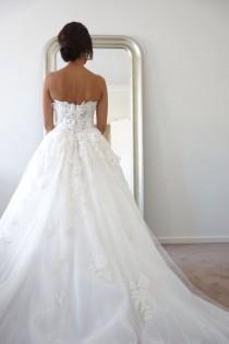 wedding photo - Drop-Dead Gorgeous Wedding Dresses