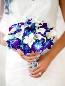 wedding photo - The Best Blue Wedding Flowers (and 16 Gorgeous Blue Bouquets)