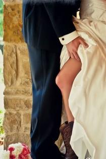 wedding photo - 33 Sexy Wedding Pictures Not For Your Wedding Album