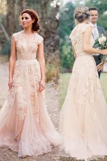 wedding photo - V-neck Sleeveless Floor-Length Lace Wedding Dress High Quality SW29